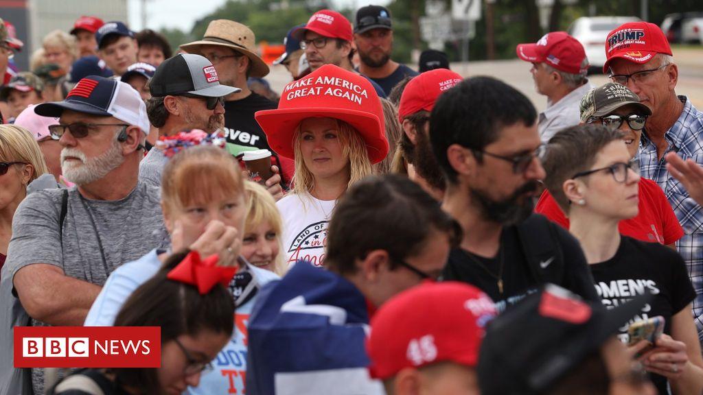 Donald Trump: Trotz der Befürchtungen des Coronavirus versammeln sich Menschenmengen zur Tulsa-Rallye