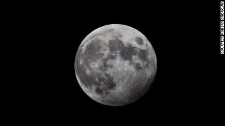 Die Mondfinsternis des Wolfes startet den ersten von 13 Vollmonden im Jahr 2020