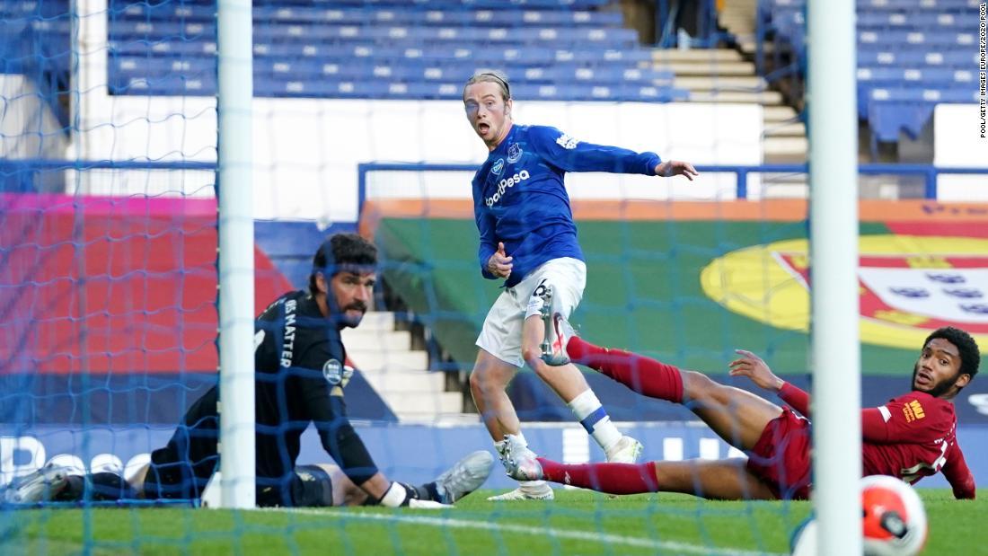 Everton hält Liverpools Titelverteidigung im torlosen Merseyside-Derby