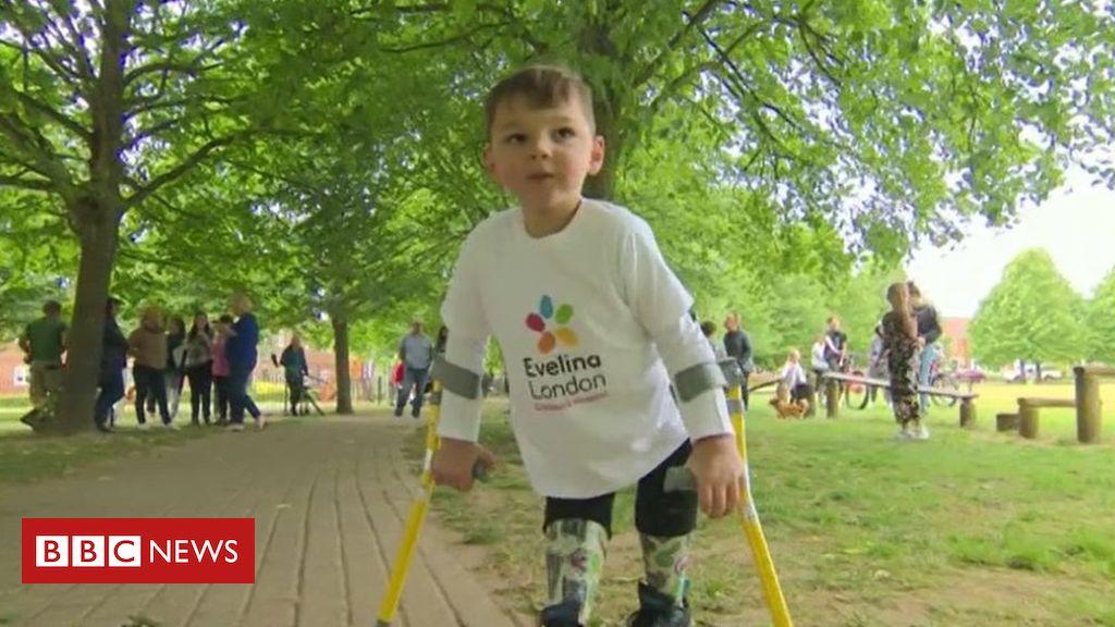 Tony Hudgell: Amputierter Junge 'überglücklich' bei einer Spendenaktion von 1 Million Pfund