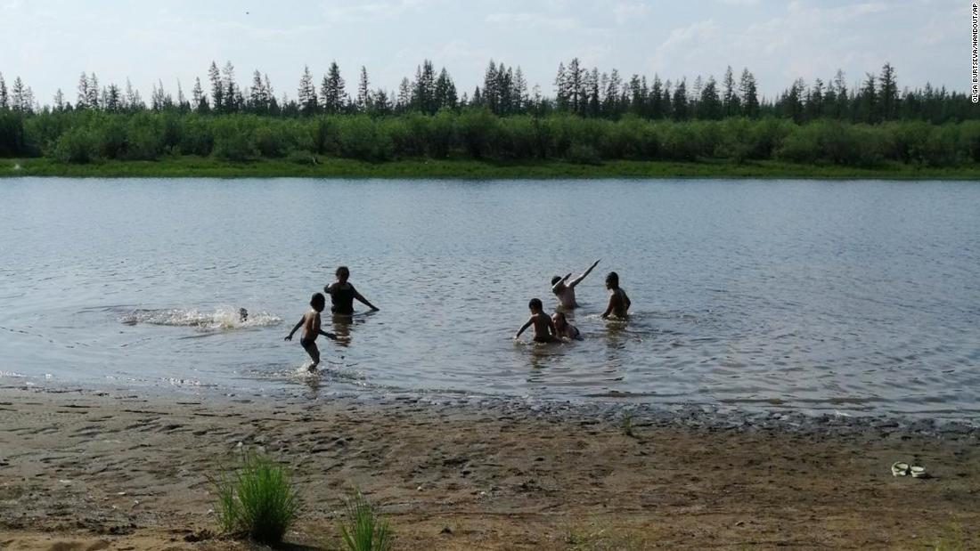 Die Temperaturen in einer arktischen sibirischen Stadt erreichten mit 100 Grad einen neuen Höchststand