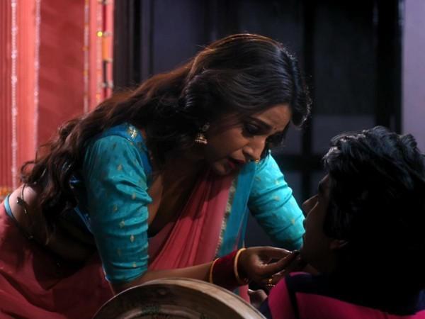 Swara Bhasker und Ayushmaan Saxena in Rasbhari