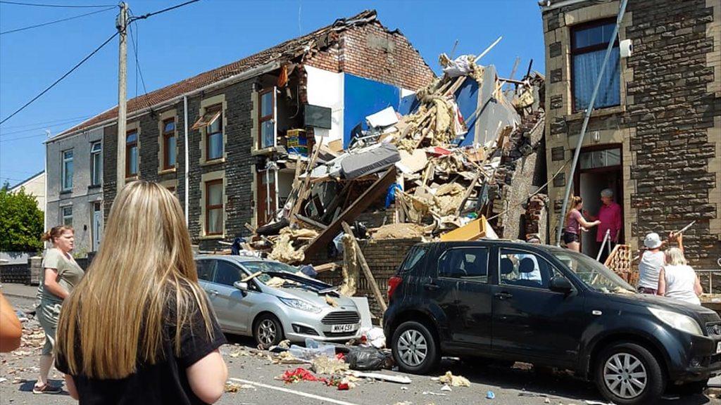 Explosion des Hauses der sieben Schwestern: Nachbarn retteten Familie