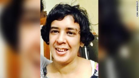 Die 34-jährige Shahana ChandA wurde Anfang Juni in mindestens fünf Krankenhäuser gebracht, so ihr Onkel Shahid Siddiqui, ein lokaler Politiker.
