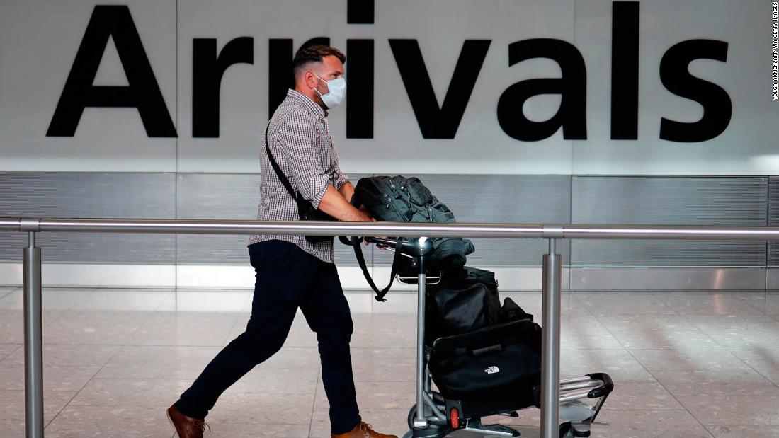 Reiseerleichterung für Briten, da die Regierung die zweiwöchige Quarantäne überprüft