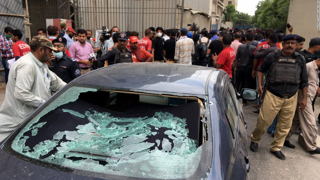 Pakistan Stock Exchange: Mehrfach tot, nachdem bewaffnete Männer PSX in Karachi stürmen