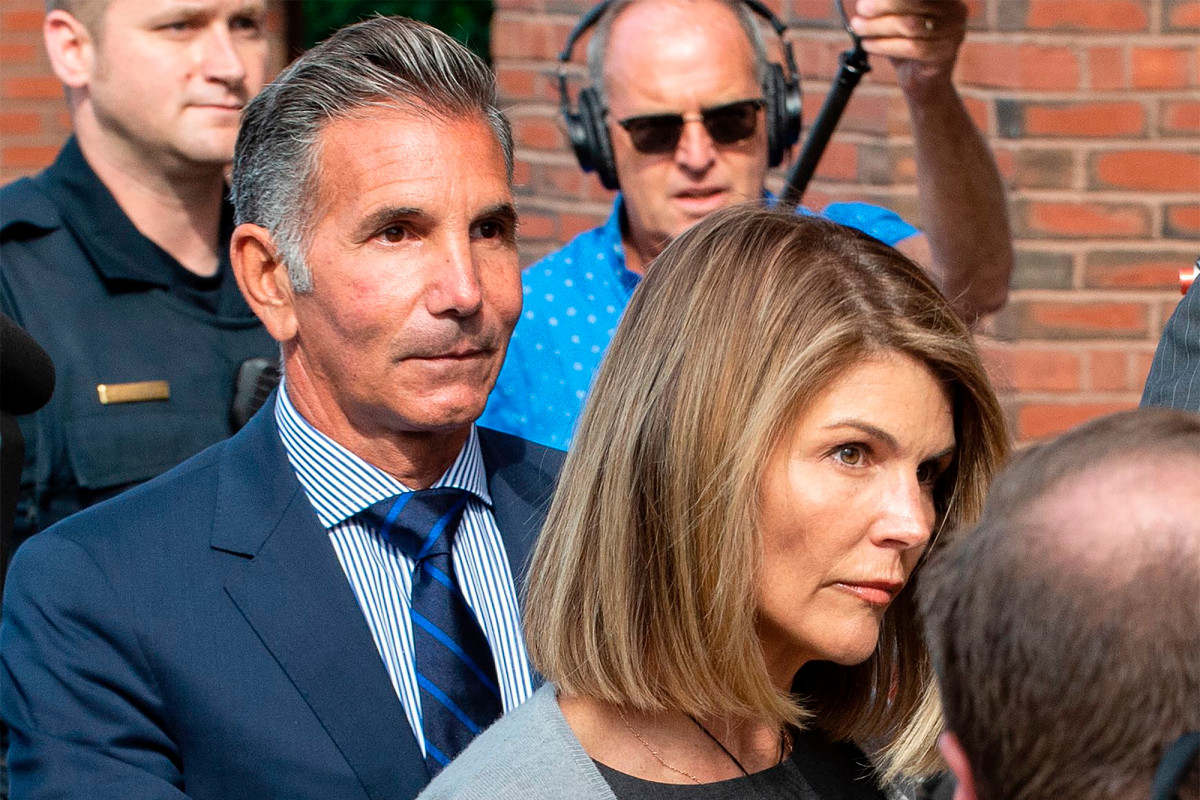 Der Bel-Air Country Club schiebt Lori Loughlin und Mossimo Giannulli raus
