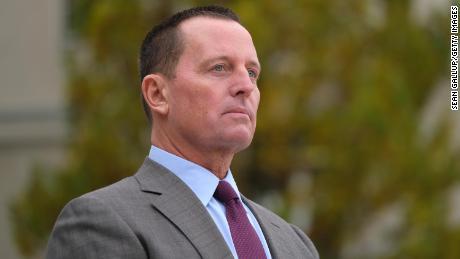 Der damalige US-Botschafter in Deutschland, Richard Grenell, wartet auf die Ankunft von Außenminister Mike Pompeo im November 2019 in Berlin.