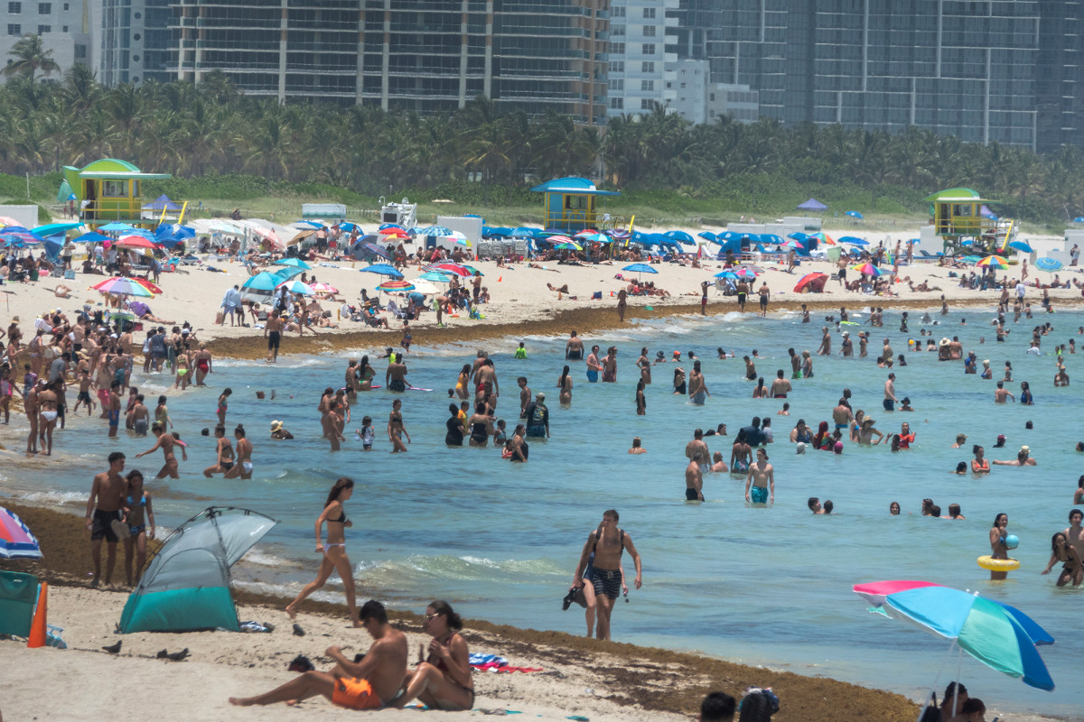 Florida verdoppelt seinen bisherigen Coronavirus-Rekord mit 8.942 Fällen