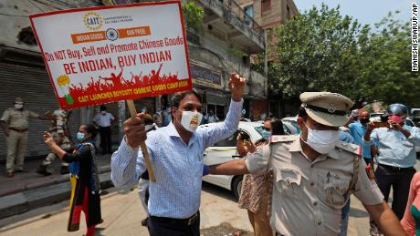 Die Spannungen zwischen China und Indien wirken sich auf das globale Geschäft aus