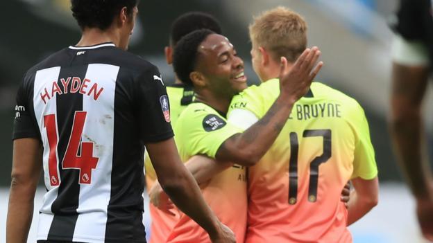Newcastle United 0: 2 in Manchester City: Raheem Sterling hilft seiner Mannschaft, ein Halbfinale mit Arsenal zu erreichen
