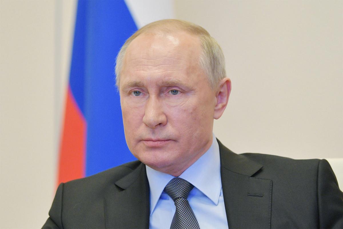 """Putin hat einen eigenen """"Desinfektionstunnel"""" zur Bekämpfung des Coronavirus"""