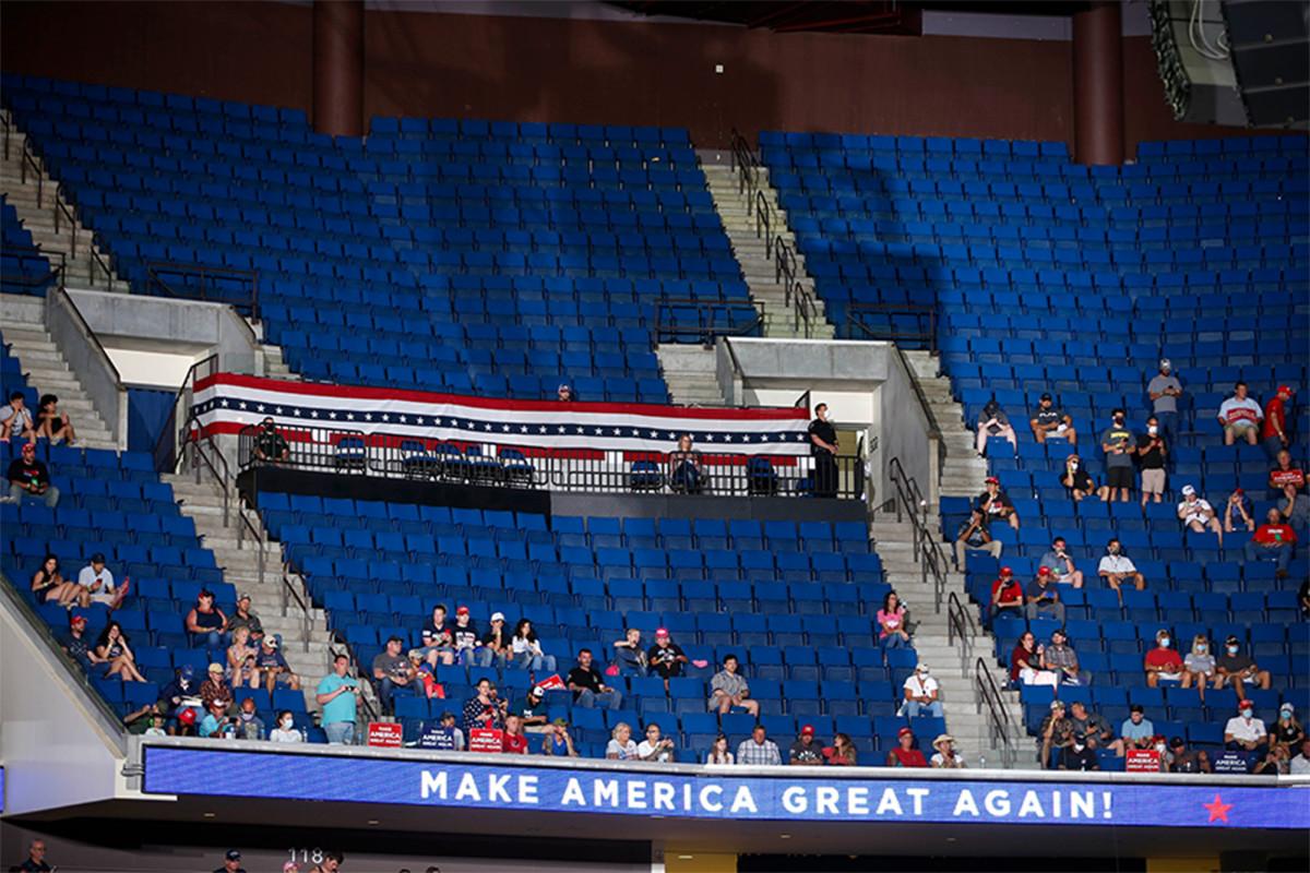 TikTok-Kampagnen sichern Hunderte ungenutzter Plätze bei der Trump Tulsa-Rallye