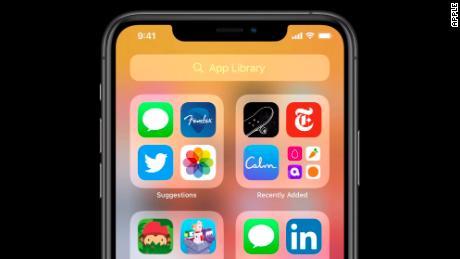iOS 14 bietet eine neue Funktion namens App Library, mit der die Apps automatisch auf Ihrem Startbildschirm organisiert werden.