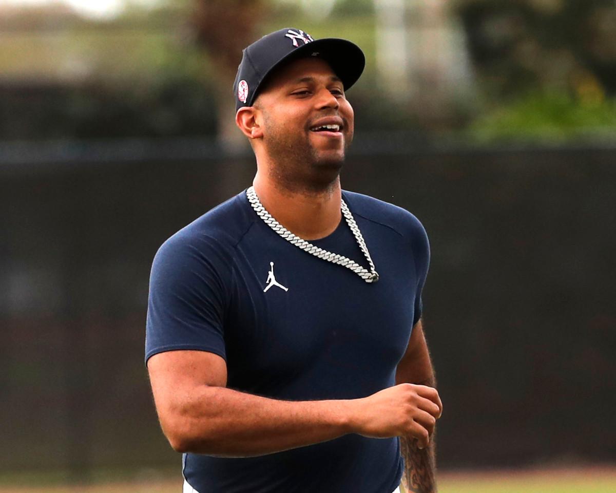 Yankees 'Aaron Hicks' bereit zu spielen ', wenn die Saison im Juli beginnt