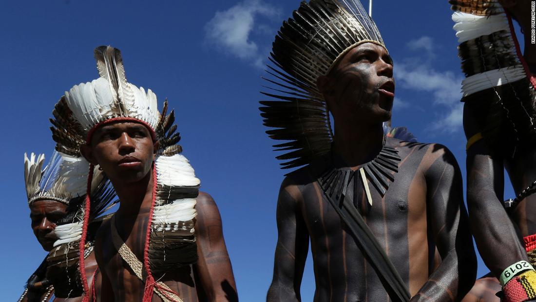 Covid-19 trifft die brasilianischen Ureinwohner Xavante mit 13 Todesfällen in 5 Tagen