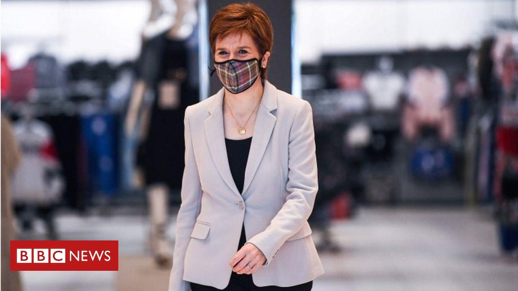 Coronavirus: Gesichtsbedeckungen müssen in schottischen Geschäften obligatorisch werden