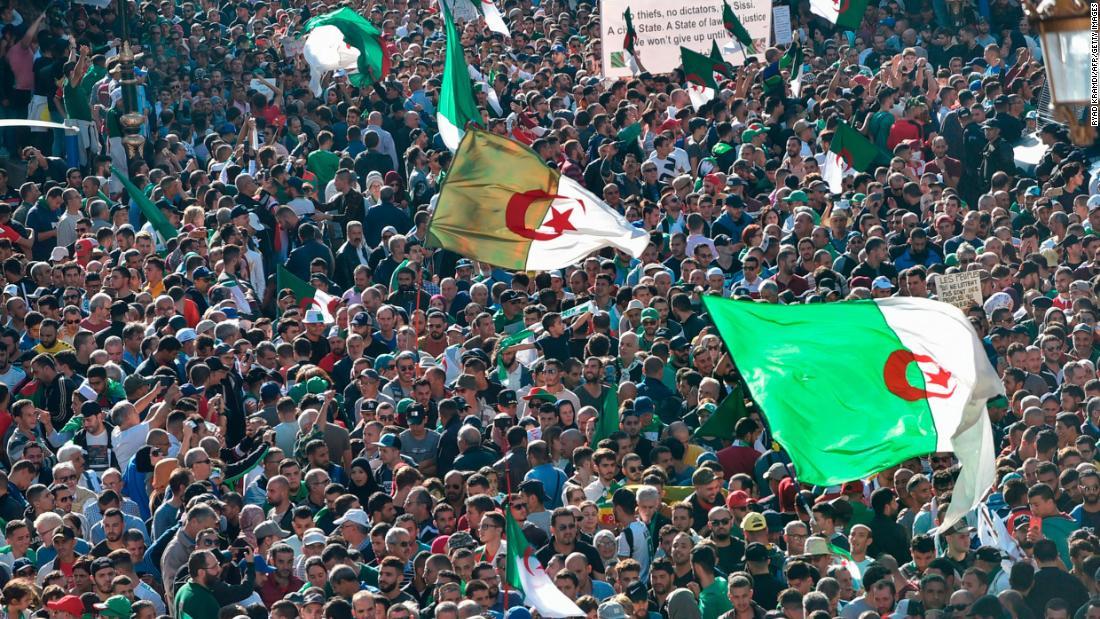 Frankreich schickt Schädel von 24 Unabhängigkeitskämpfern nach Algerien zurück
