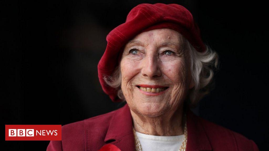 Dame Vera Lynn: Cortege und Flypast für Forces 'Sweetheart