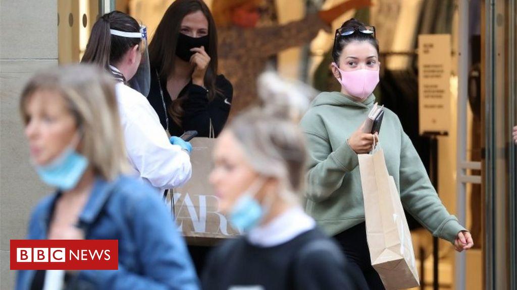 Coronavirus: Nr. 10 unter Berücksichtigung der obligatorischen Gesichtsmasken in Geschäften in England