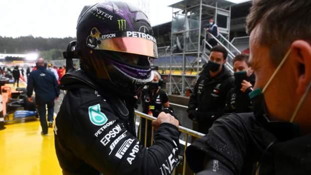 Lewis Hamilton holt bei starkem Regen die Pole Position des steirischen GP