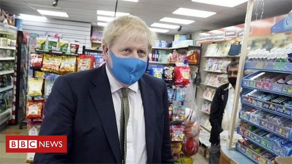 PM sagt, Gesichtsmasken sollten in Geschäften getragen werden