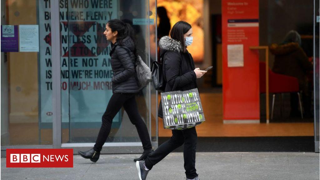 Die Inflation in Großbritannien nimmt zu, wenn die Bekleidungspreise steigen