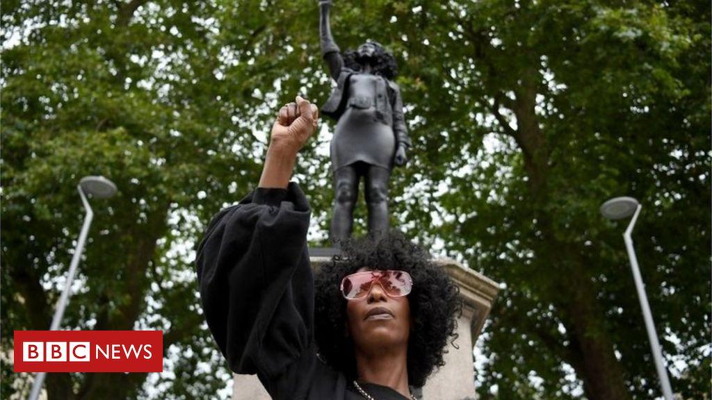 Jen Reid: Die Statue der Bristol Black Lives Matter wurde entfernt