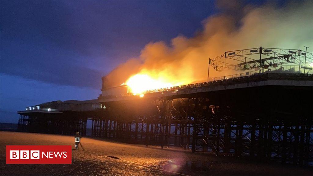 Blackpool Central Pier Feuer: Blaze bricht während der Nacht aus