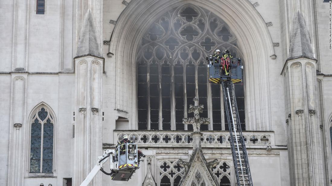 Kathedrale von Nantes: In Frankreich bricht Feuer aus