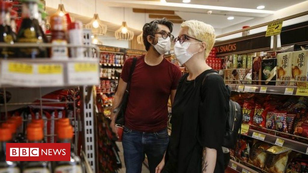 Coronavirus: In England treten neue Regeln für die Gesichtsbedeckung in Kraft