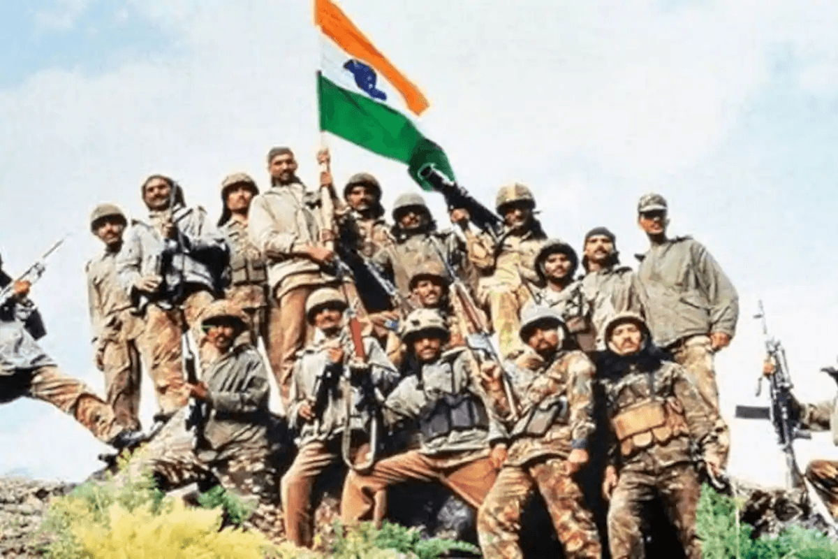 Kargil Vijay Diwas 2020: PM Modi, Rahul Gandhi pay tribute to fallen soldiers