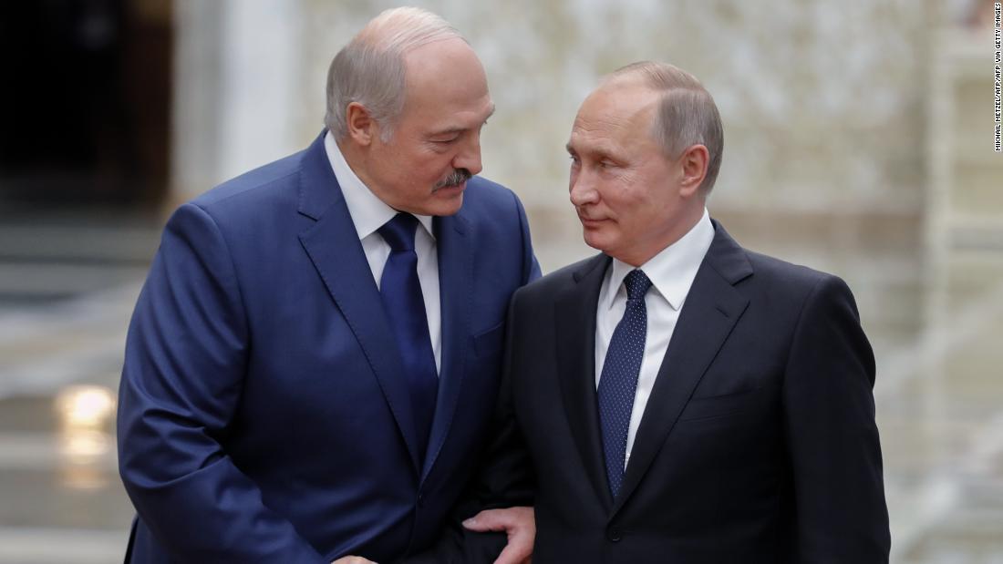 Belarus sagt, es sei eine Verhaftung russischer Söldner, da die Kluft zwischen den starken Männern Putin und Lukaschenko wächst