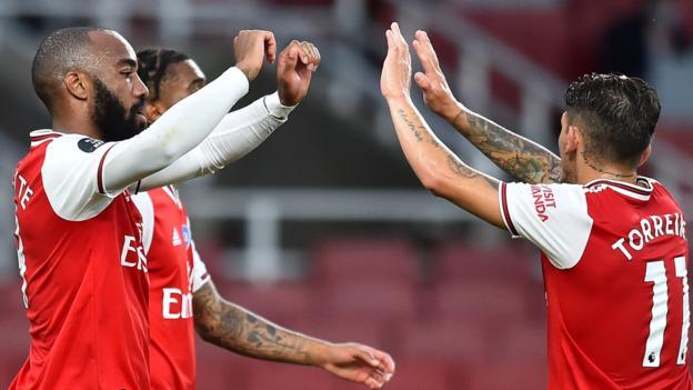 Arsenal 2: 1 Liverpool: Die Kanoniere kommen von hinten, um die Rekordhoffnungen der Meister zu beenden