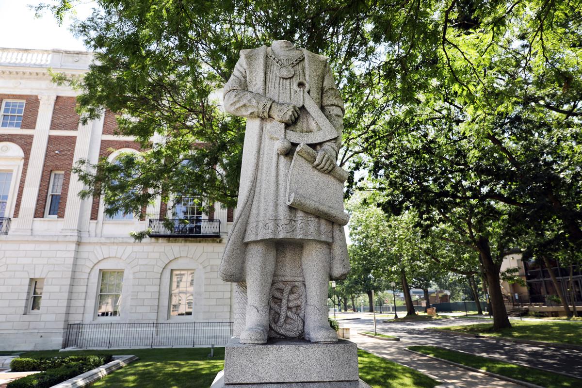 Christoph Kolumbus Statuen am Wochenende des 4. Juli zerstört