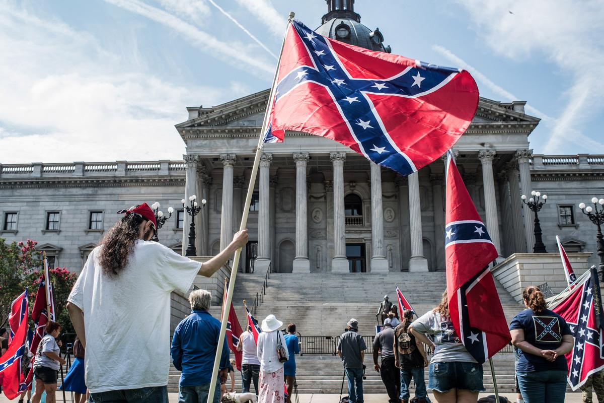 Das Pentagon verbietet die Flagge der Konföderierten vom Militär in einer neuen Politik