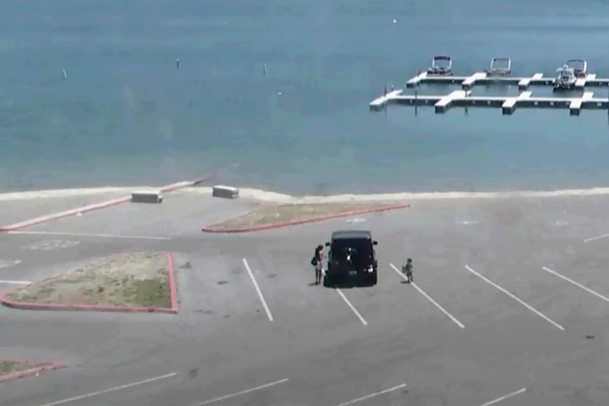 Das Video zeigt Naya Rivera, den Sohn, der sich auf eine zum Scheitern verurteilte Bootsfahrt macht