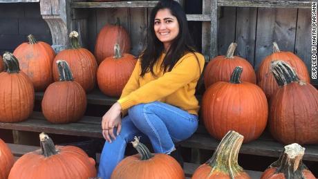 Maitri Parsana in den USA, wo sie drei Jahre an der University of Buffalo studiert hat.