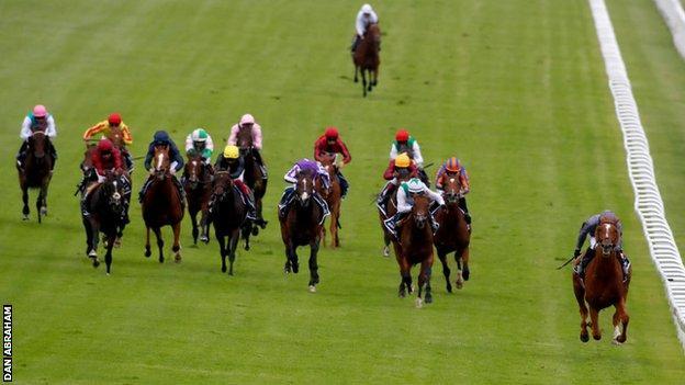 Serpentine gewinnt das Derby