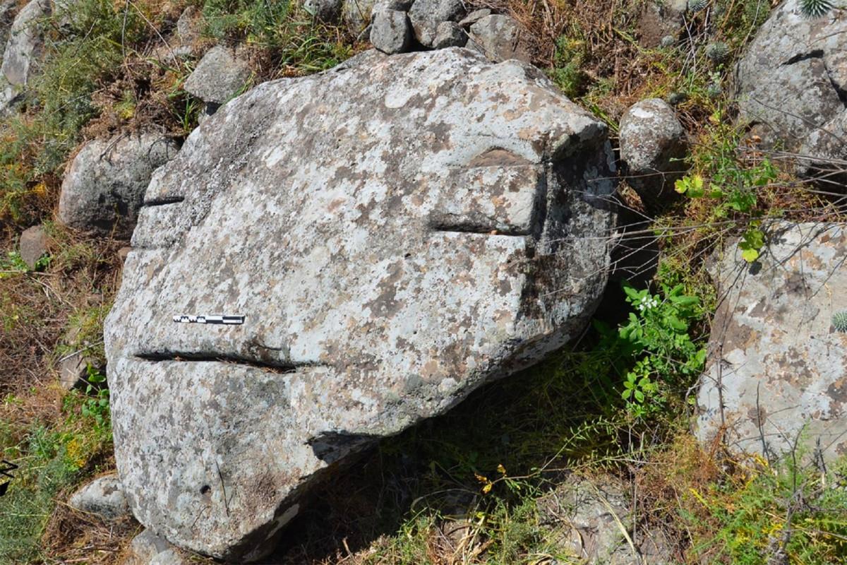 Geheimnisvolle Felsmalerei in Megalithgräbern in Israel entdeckt