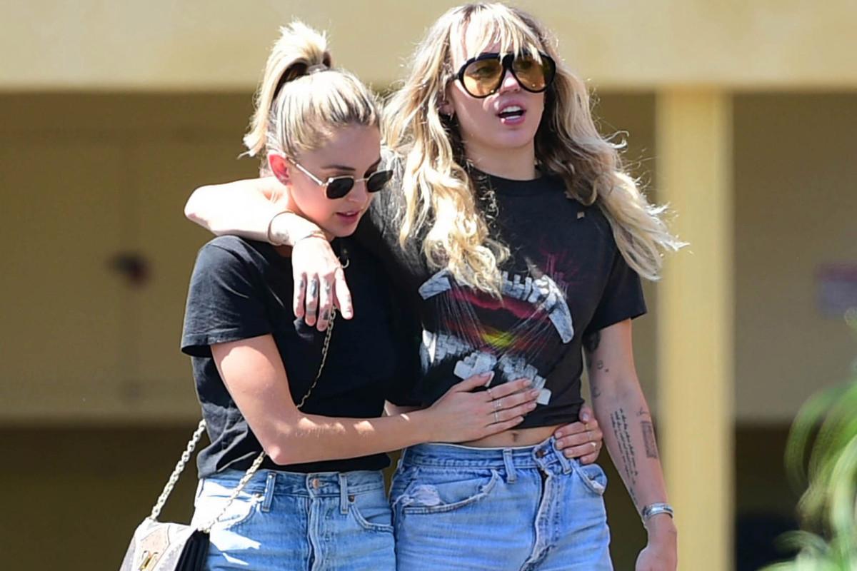 Kaitlynn Carter sagt, sie und Miley Cyrus hätten versucht, die Beziehung privat zu halten