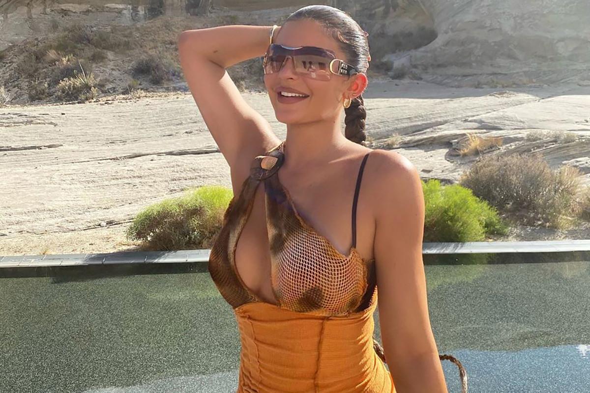 Kylie Jenner bestreitet, sich geweigert zu haben, eine schwarze Modemarke auf Instagram zu markieren