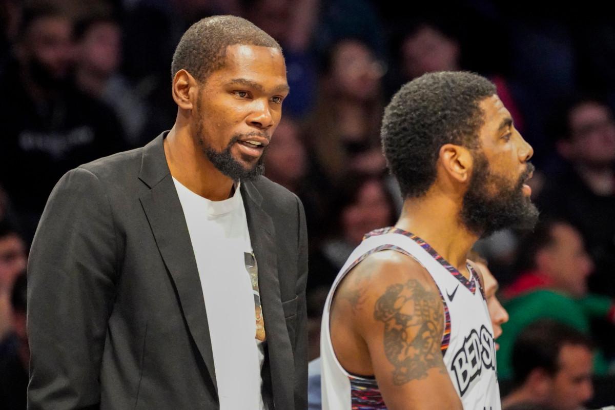 Kyrie Irving und Kevin Durant geben einen Beitrag zur Einstellung von Nets-Trainern
