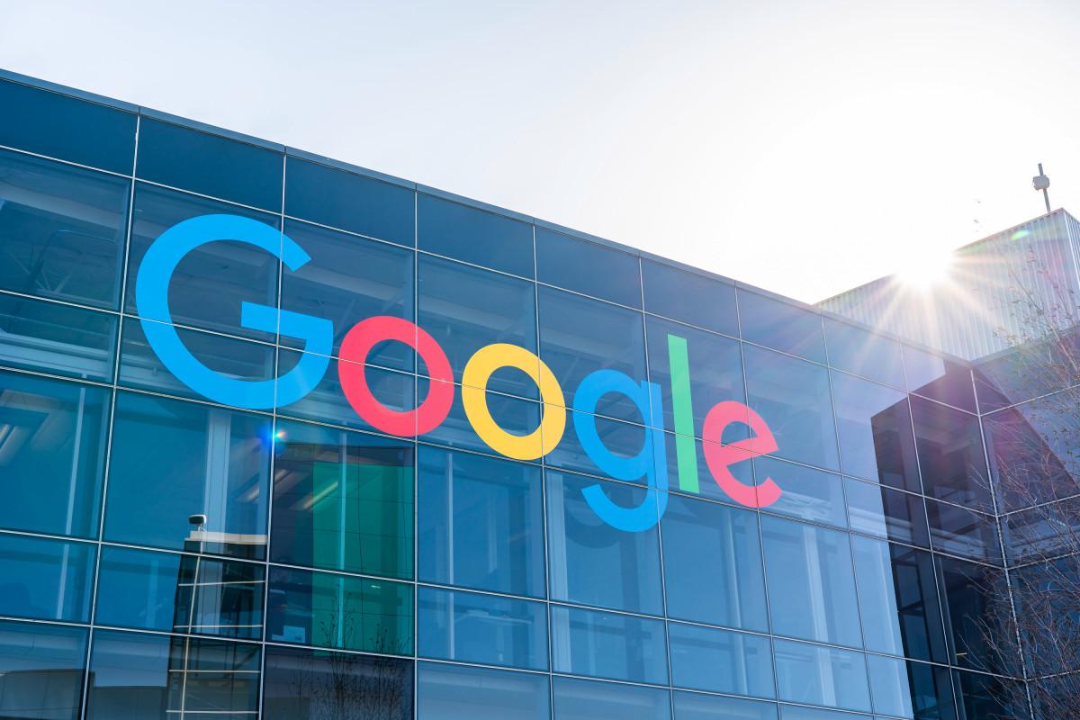 Slack-Freigaben fallen, nachdem Google arbeitsbezogene Google Mail-Upgrades angekündigt hat