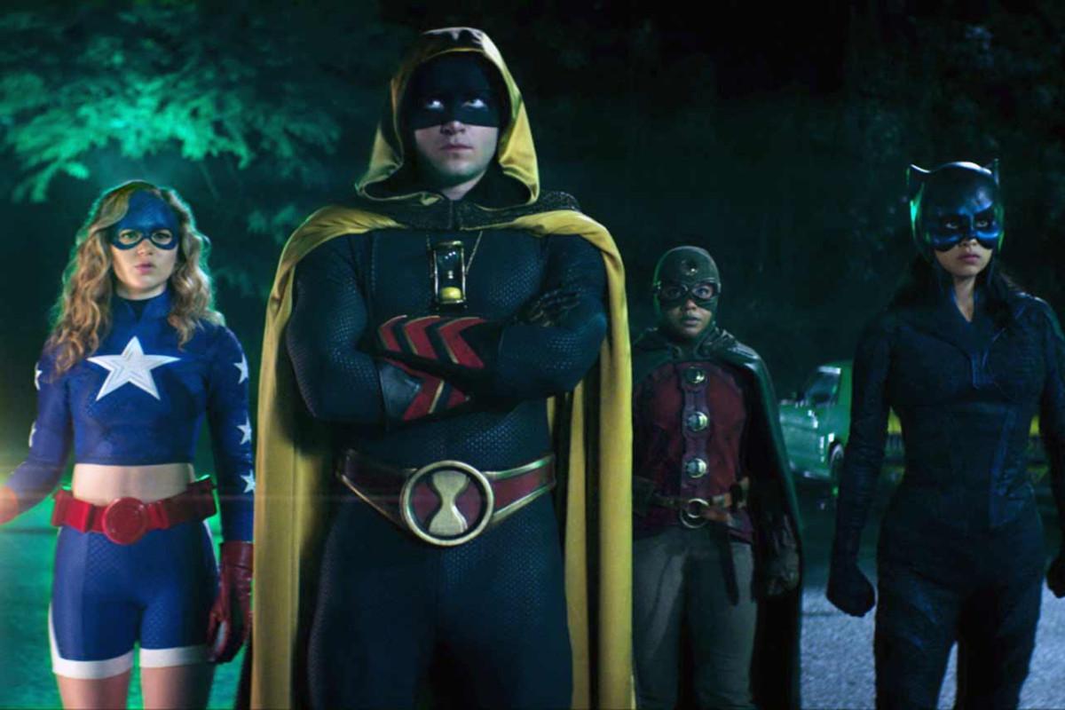 """""""Stargirl"""" wechselt für Staffel 2 von DC Universe zu The CW"""