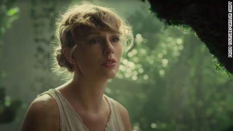 Die Ostereier in Taylor Swifts & # 39; s & # 39; Cardigan & # 39; entschlüsselt