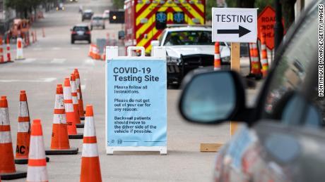 85 Säuglinge unter 1 Jahren haben seit März in einem Landkreis in Texas positiv auf Coronavirus getestet
