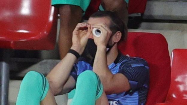 Warum verhält sich Gareth Bale so wie bei Real Madrid?
