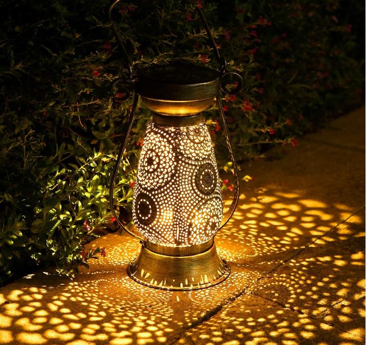 Solarlaterne für außen, Görvitor LED Solar Laterne Hängende für Draußen, Dekorative Solarlampe Garten Laterne IP44 Wasserdicht [Energieklasse A+]