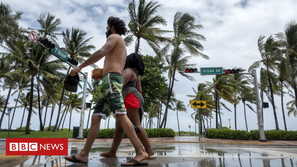 Tropischer Sturm Isaias nähert sich dem vom Coronavirus heimgesuchten Florida